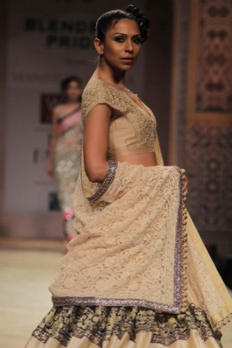 Wills-Lifestyle-India-Fashion-Week-2012-Manish