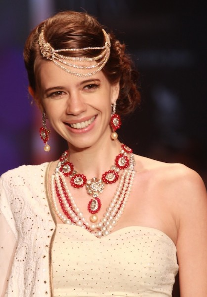 Kalki Koechlin walking-the-ramp-for-kay-jewels