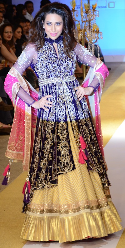 Karishma Kapoor at Pune Fashion Week