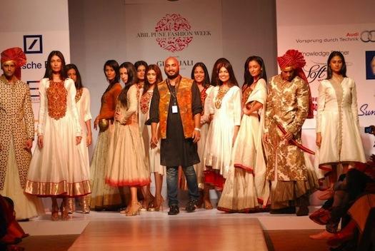 Samant Chauhan show at Pune Fashion week