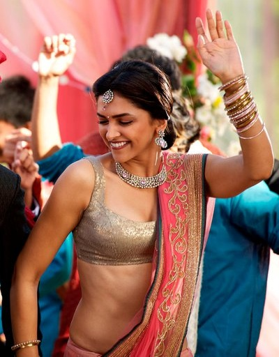 deepika padukone in break ke baad saree