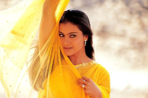 kajol-in-saree Kabhi Khushi Kabhi Gham by Manish Malhotra