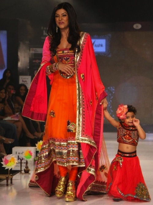 Sushmita Sen with daughter on the ramp