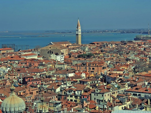 romantic honeymoon in Venice