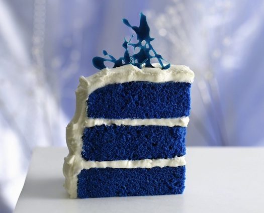 blue theme wedding cake