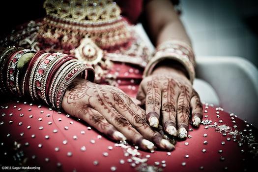 punjabi bridal bangles