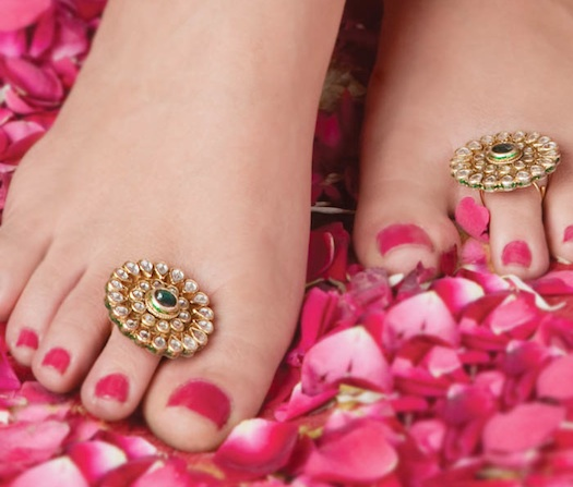 Indian brides feet before wedding