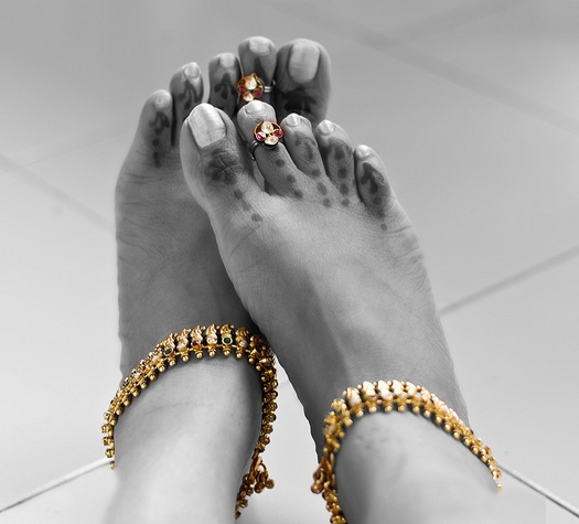 jewelry for Indian brides feet