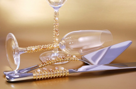 pearls used on cake knife + champagne knife