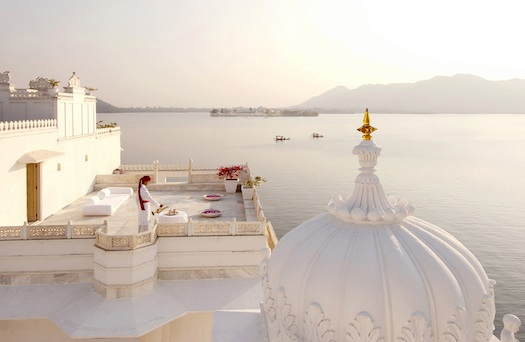 wedding at Taj Lake Palace in India