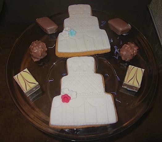 mini wedding cake cookies at Four Seasons